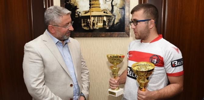 Balkan Şampiyonundan Aşgın'a Ziyaret
