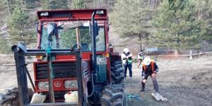 Orman İşçisi Ekmeğini Taştan Çıkartıyor
