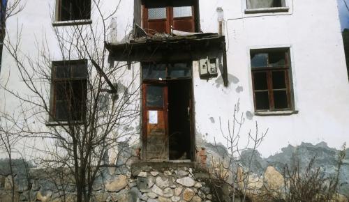 Kargı Belediyesi Metruk Evleri Yıkıyor