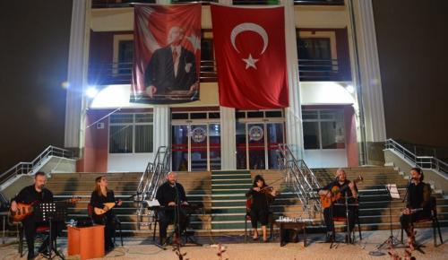 Müzik Öğretmenlerinden Gençlik Konseri