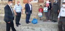 Başkan Ünlü, Çocuklara Oyuncak Dağıttı