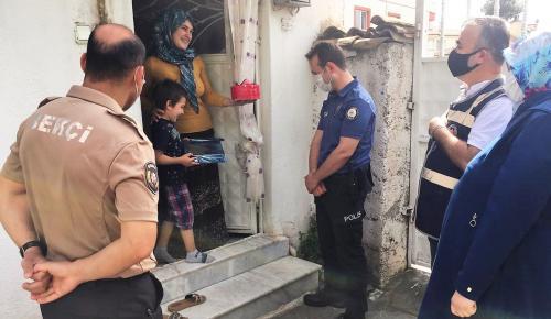 Polis Amcalarından Sürpriz Doğum Günü